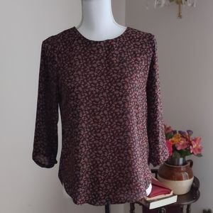 Forever 21 Rose Print Top Small